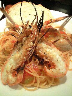 ナポリ海鮮屋台〈bene pesce〉